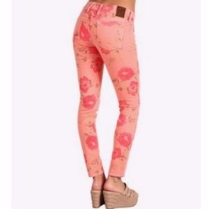 Lucky brand lucky legend floral pink pants